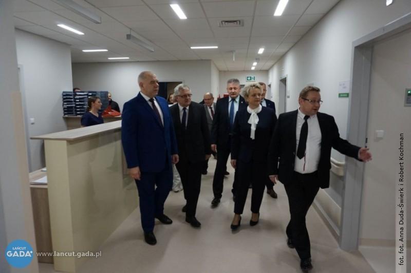 Jacek Sasin wizytował szpital
