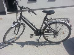 Odjechała spod sklepu cudzym rowerem