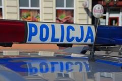 16-letni włamywacz wrękach policjatów