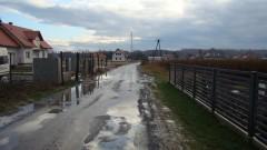 Mieszkańcy ul. Głuchowskiej skarżą się na zły stan jej nawierzchni