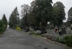 52-latek kradł na cmentarzu