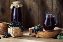 Z czego zrobić wino? Oto 5 najlepszych owoców rosnących wPolsce