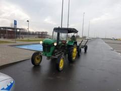 Traktorem po autostradzie