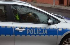Uciekali skradzionym autem, mieli ponad 2 promile