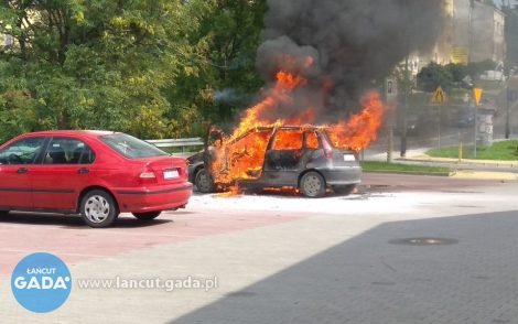 Spłonęło auto