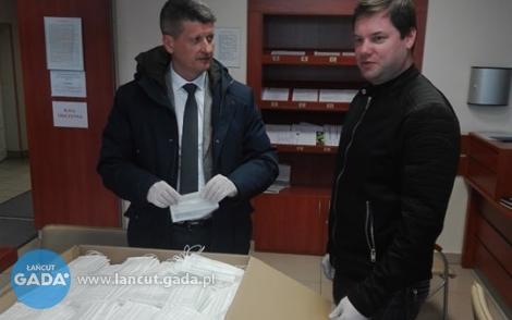 10 tys maseczek dla mieszkańców Łańcuta