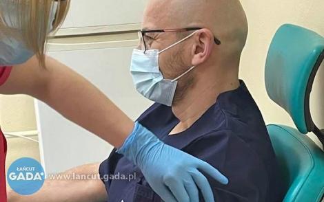 W CM szczepią personel