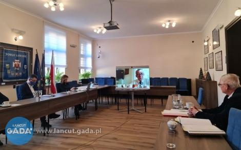 Rada powiatu przyjęła uchwałę budżetową