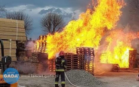 Pożar wtartaku wDębinie