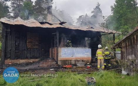 Tragiczny pożar wRakszawie, nie żyje jedna osoba